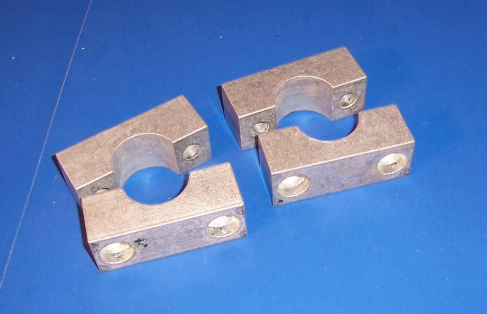 K3115 - SET OF CLAMPS